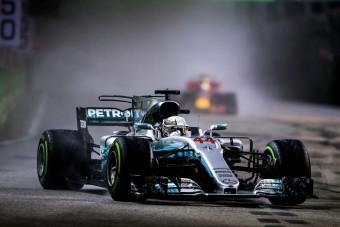 F1: Hamiltonhoz