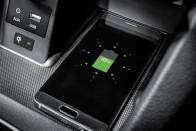 Autóbarát fejlesztés az új iPhone-ban