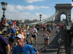 Teljesen lezárnak két budapesti hidat
