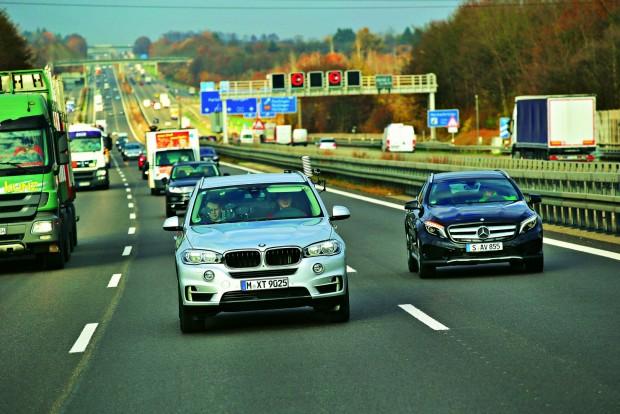 Minden tesztelt autót az auto motor und sport által kijelölt 275 kilométeres útvonalon vizsgálták